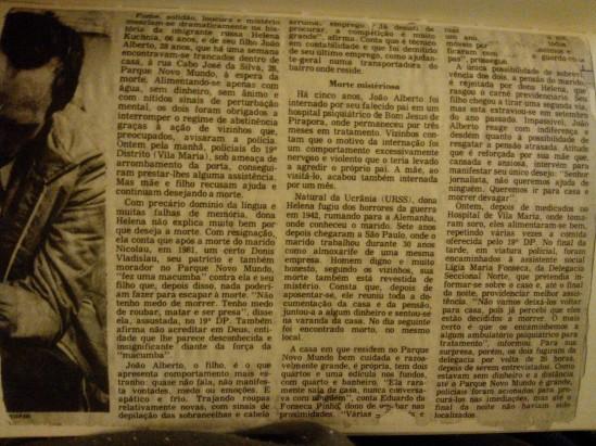 Poema tirado de uma notícia e jornal 2 p. 128 e 129 do último livro do A Antunes AGORA AQUI NINGUÉM PRECISA DE SI, cia da letras, são paulo, 2015
